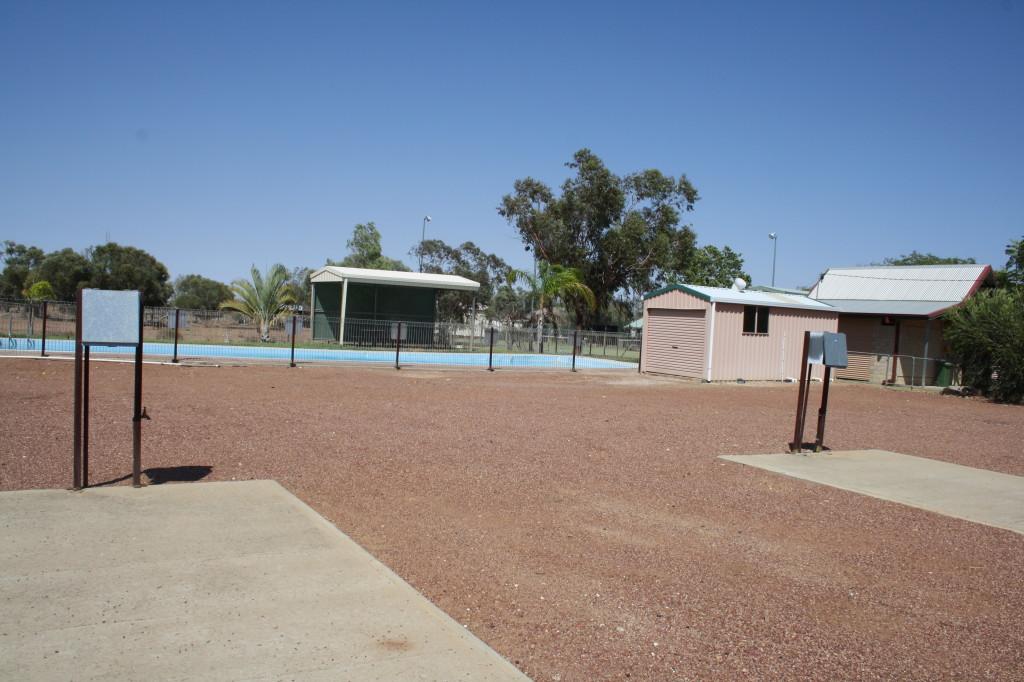 Camp sites & pool